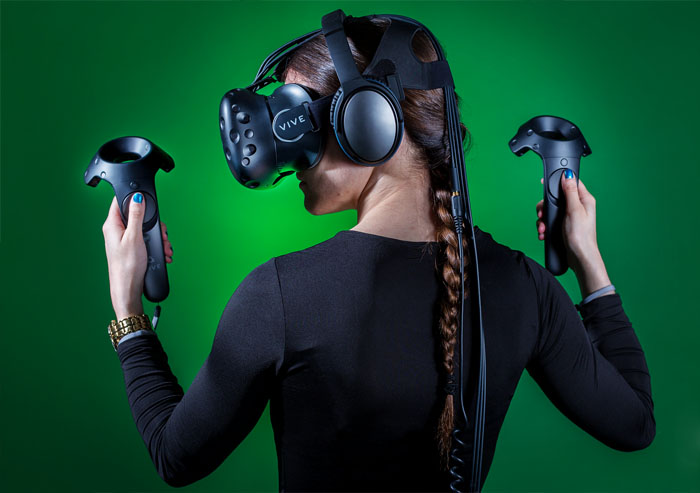 Girl HTC Vive