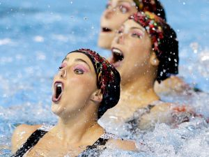 Synchronized-Swimming-07