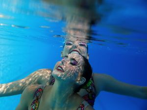 Synchronized-Swimming-10