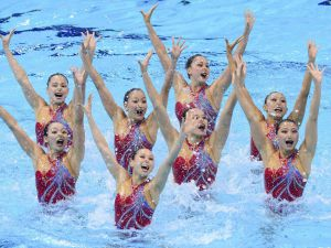 Synchronized-Swimming-18