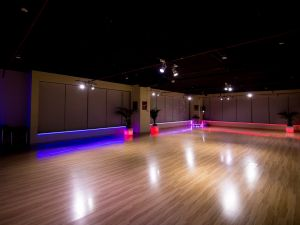 dance-studio-night-02