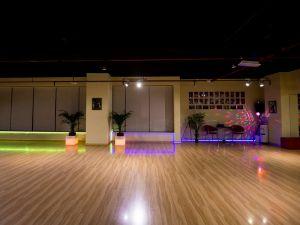 dance-studio-night-07