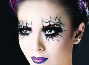 female-halloween-purple-makeup