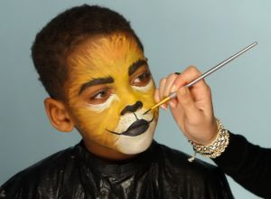 kid-boy-lion-make-up